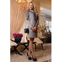 Женское деловое платье с вышивкой