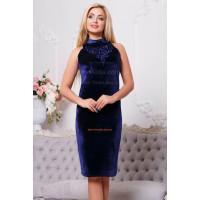 Модне велюрове плаття для жінок