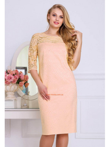 Вечернее женское платье большого размера