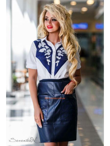 Женская оригинальная блузка с вышивкой