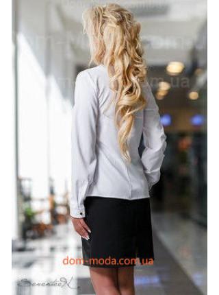 Стильная однотонная белая блуза с вышивкой
