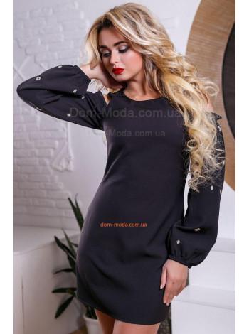 Короткое нарядное платье с открытыми плечами и вышивкой