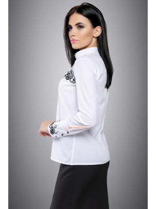 Біла класична блуза на ґудзиках