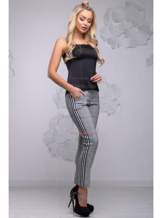 Женские клетчатые брюки с лампасами