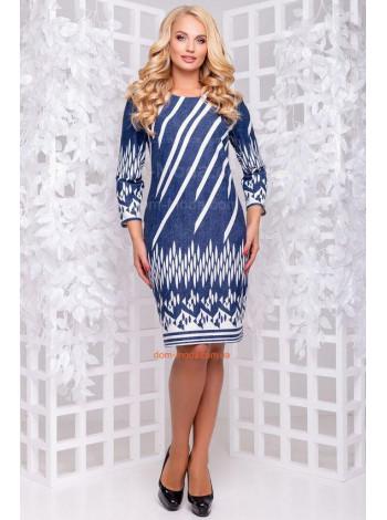 Платье синего цвета с белым рисунком для полных
