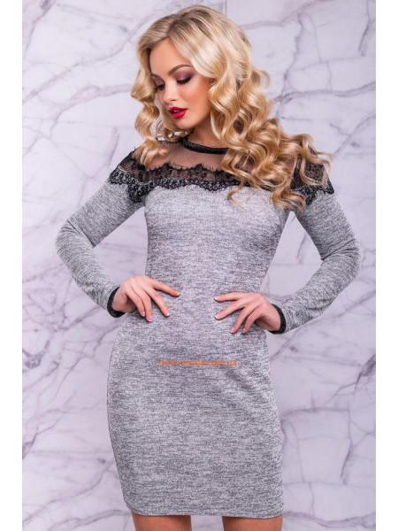 Короткое ангоровое платье с длинным рукавом