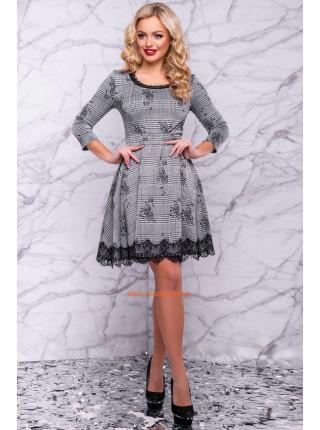 Модное платье мини серого цвета
