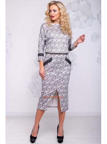Серое ангоровое платье с карманами