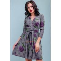 Женское короткое приталенное платье на запах