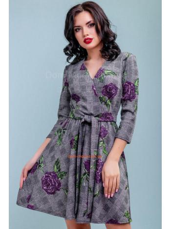Жіноче коротке приталене плаття на запах