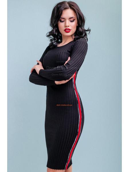 Женское облегающее платье черного цвета с лампасами
