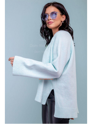 Жіночий пуловер блакитного кольору