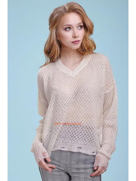 Стильний білий пуловер грубої в'язки