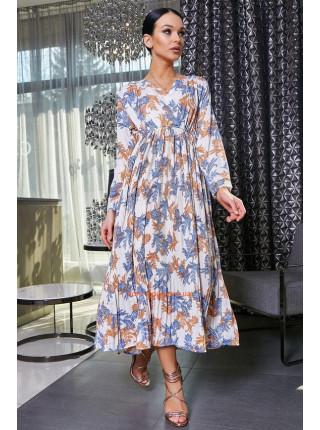 Женское платье на запах и пышной юбкой