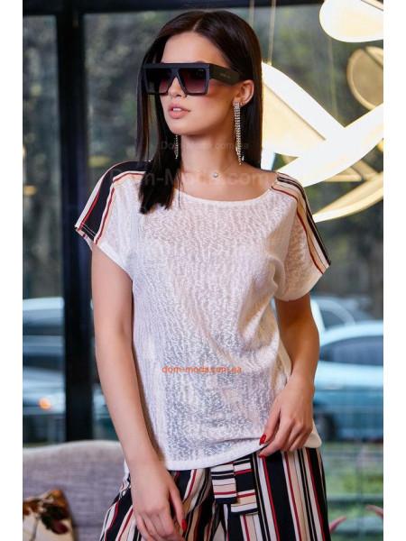 Женская однотонная футболка с лампасами
