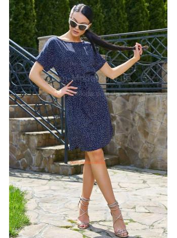 Короткое летнее платье в принт с небольшим рукавом