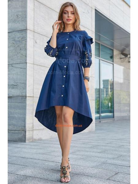 Модне плаття жіноче із вишивкою на рукавах