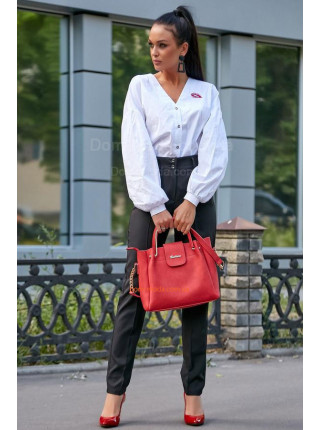 Стильные прямые брюки с завышенной талией