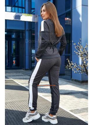 Стильный спортивный костюм со вставками сетки большого размера