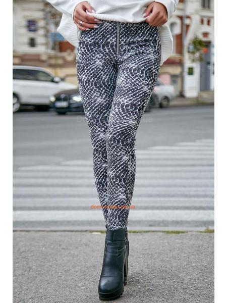 Модные женские трикотажные лосины в змеиный принт