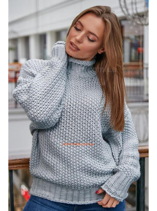 Жіночий теплий в'язаний светр із горлом