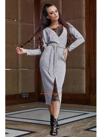 Стильное женское платье в принт с кружевом
