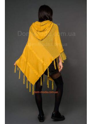 Вязаное женское пончо с капюшоном