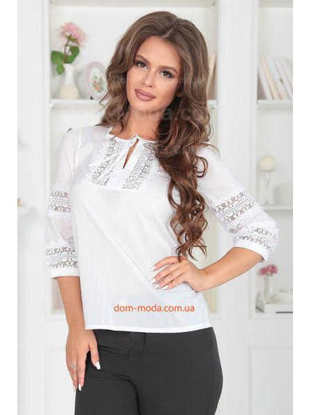 Женская белая блузка с кружевом