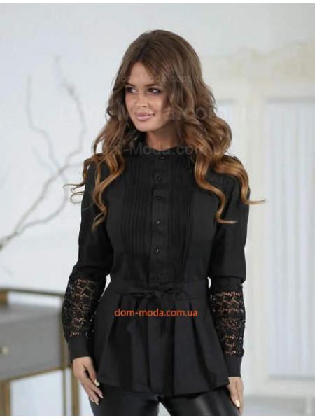 Женская блузка с черным кружевом
