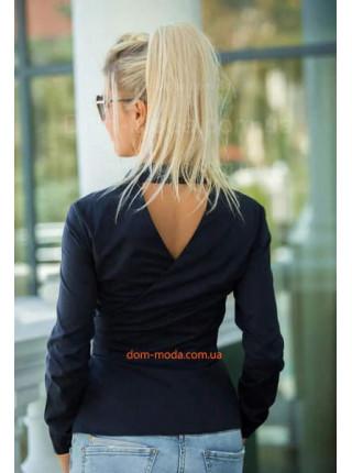Женская рубашка с вырезом на спине