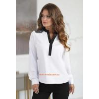 Стильная белая блузка с длинным рукавом